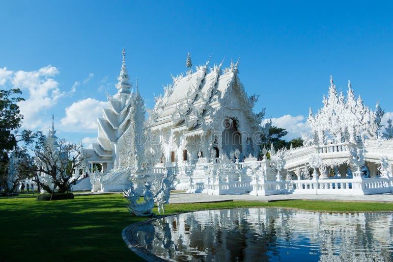 Wat Rong Khun Thailand tempel arkivfoton