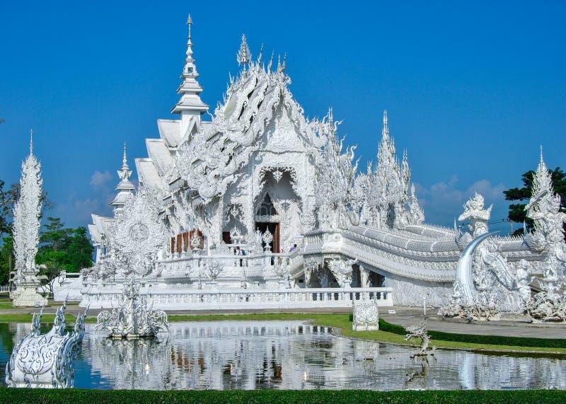 Wat Rong Khun - zadziwiająca biała świątynia w Chiang Raja, Tajlandia obraz stock