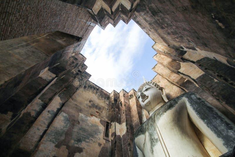 Download Wat Si Chum, Templo De Srichum, Parque Histórico De Sukhothai Foto de Stock - Imagem de excursão, curso: 65580284