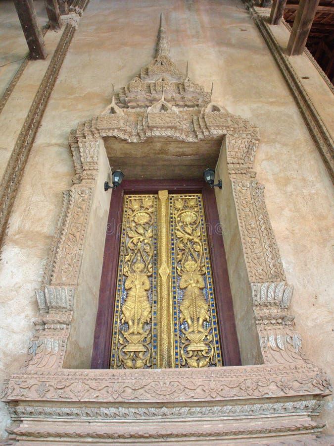 Wat Si Muang eller Simuong är en buddistisk tempel som lokaliseras i Vientian royaltyfri foto