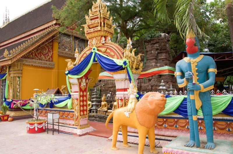 Wat Si Muang o Simuong es un templo budista situado en Vientián, la capital de Laos fotos de archivo libres de regalías