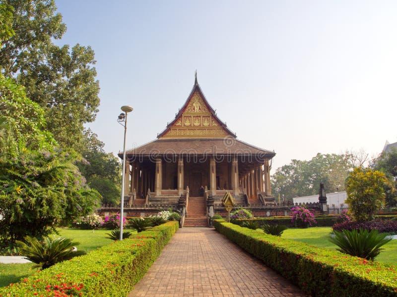 Wat Si Muang o Simuong es un templo budista situado en Vientian fotos de archivo