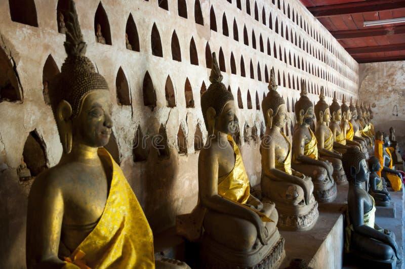 Download Wat Si Saket Buddhas - Vientiane Fotografering för Bildbyråer - Bild av klosterbroder, museum: 106827423