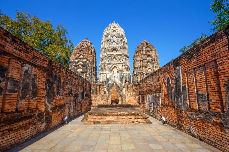 Wat Si Sawai Temple an historischem Park Sukhothai, Thailand lizenzfreie stockfotos