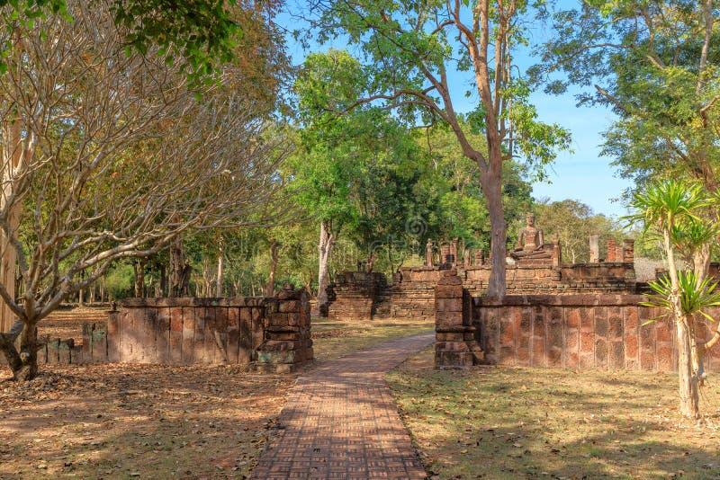 Wat Sing-Tempel in historischem Park Kamphaeng Phet, UNESCO-Welterbestätte stockfoto