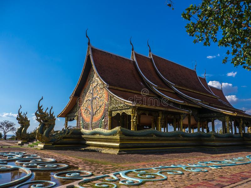 Wat Sirindhorn Wararam, punto di riferimento in Tailandia fotografia stock