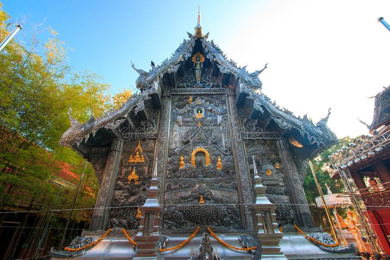Wat Srisuphan世界` s第一银色教堂 免版税库存图片