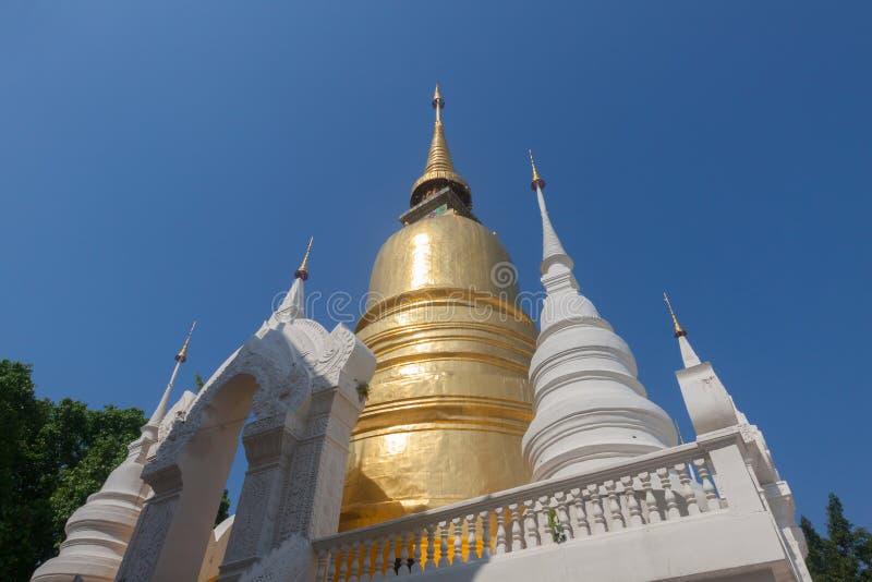 Wat Suan Dok är en buddistisk tempel Wat i Chiang Mai, Thailand royaltyfria foton