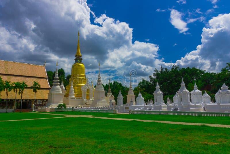 Wat Suan Dok Temple lizenzfreie stockfotografie