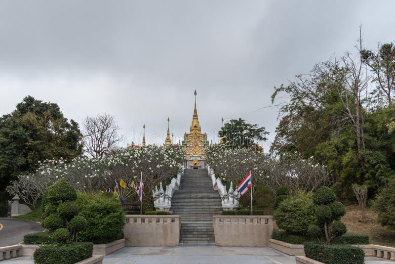 Wat Tang Sai, temple de Pramahathadchedi Pakdeeprakad photographie stock