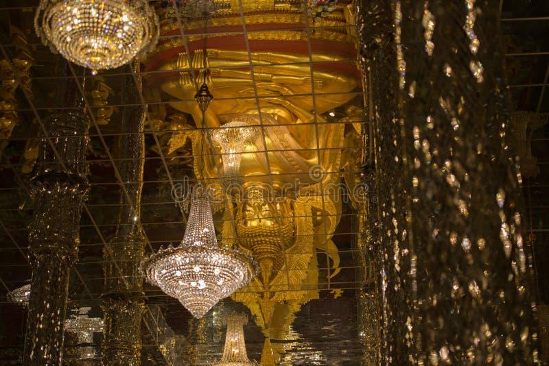 Wat Tha cantado imagenes de archivo