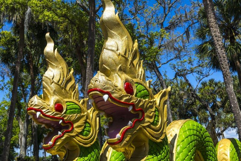 Wat Thai Temple Dragons fotografia de stock