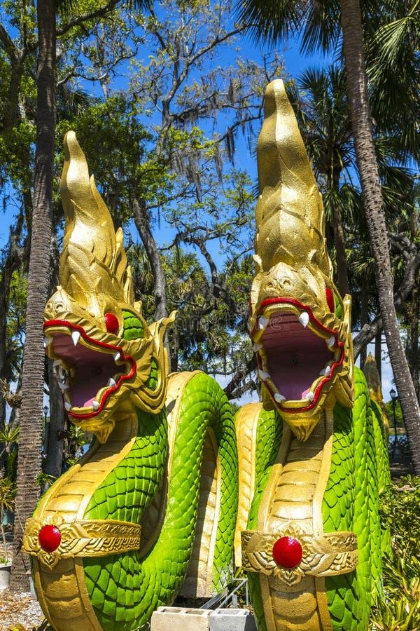 Wat Thai Temple Dragons foto de stock