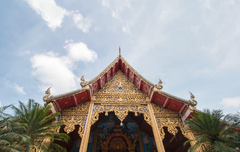 Wat Thakham lokaliseras i Chiang Mai, Thailand royaltyfri bild