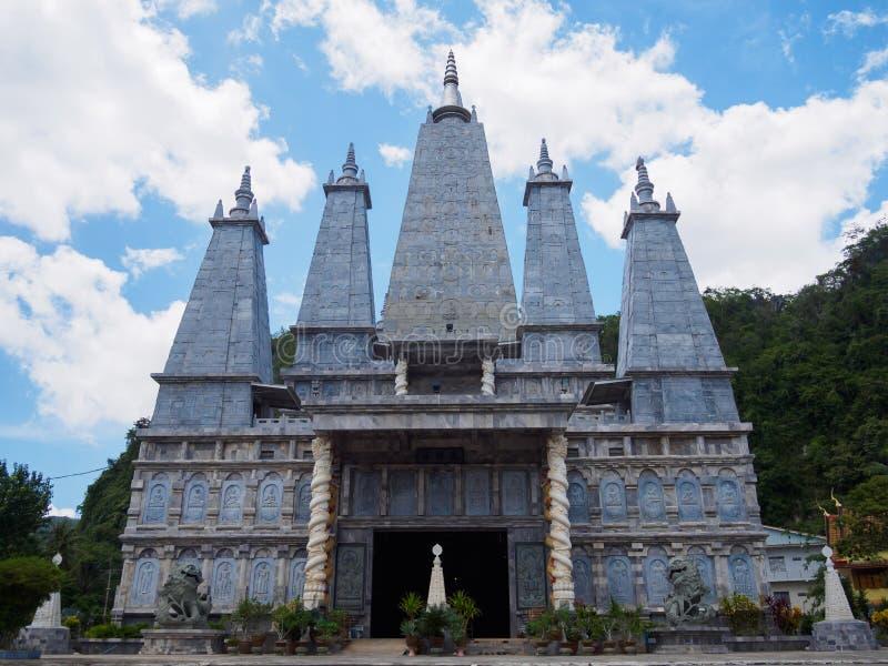 Wat Tham Khao Rup Chang, Sadao okręg, Songkhla, Tajlandia obraz royalty free