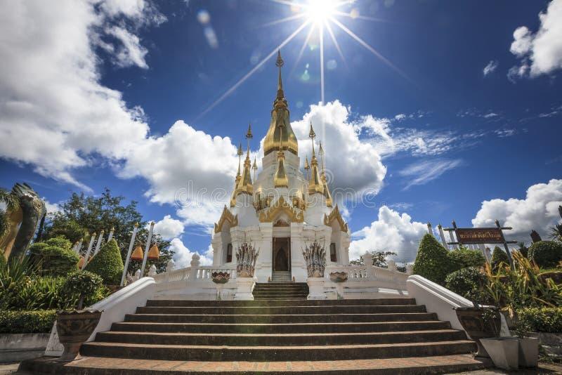 Wat Tham Khuha Sawan photos stock