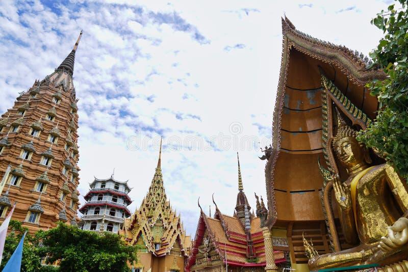 Wat Tham Sua chez Kanchanaburi images libres de droits