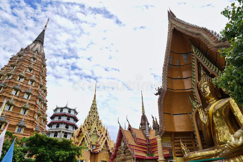 Wat Tham Sua przy Kanchanaburi obrazy royalty free