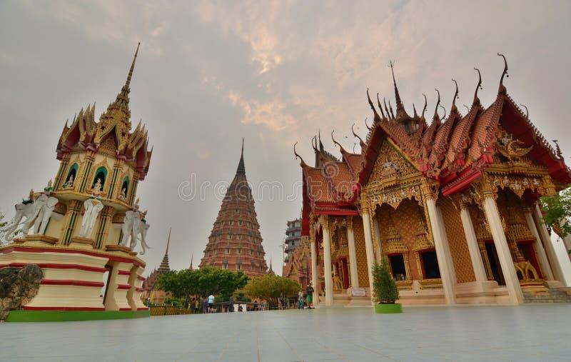 Wat Tham Suea Het district van Thamuang Kanchanaburi thailand stock foto's