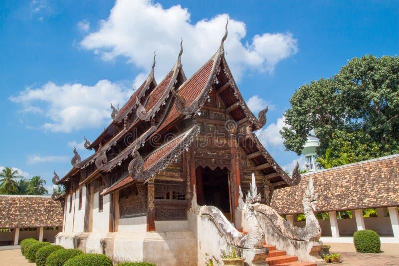 Wat Ton Kain del punto di riferimento 700 anni, vecchio tempio di legno in Chiang Mai fotografia stock libera da diritti