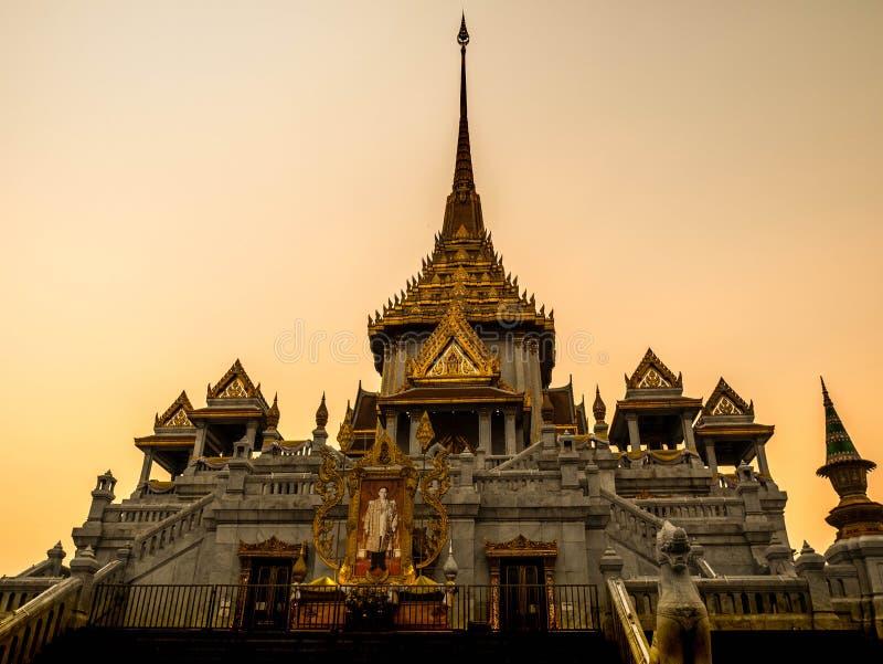 Wat Trimitr Vityaram, ja ` s lokalizował blisko porcelanowego miasteczka, Bangkok Tajlandia zdjęcie royalty free
