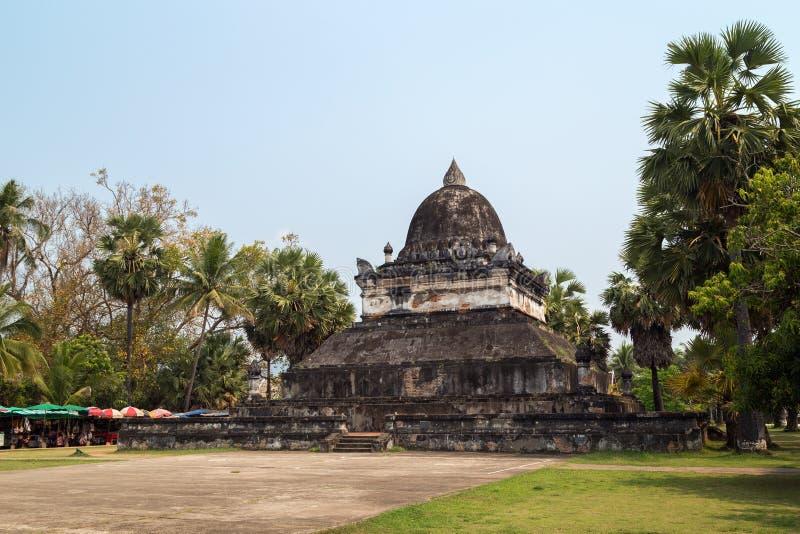 Wat Visounnarath i Luang Prabang arkivbild