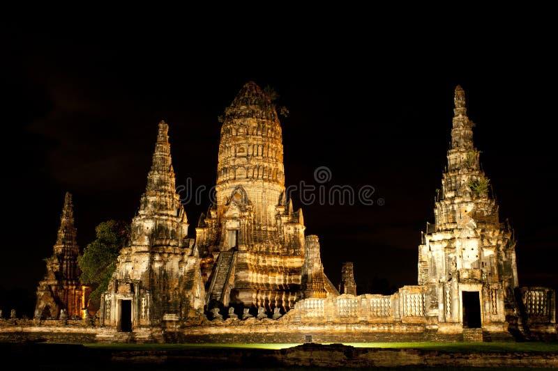 Wat Wattanaram på natten, Ayutthaya, Thailand royaltyfri fotografi