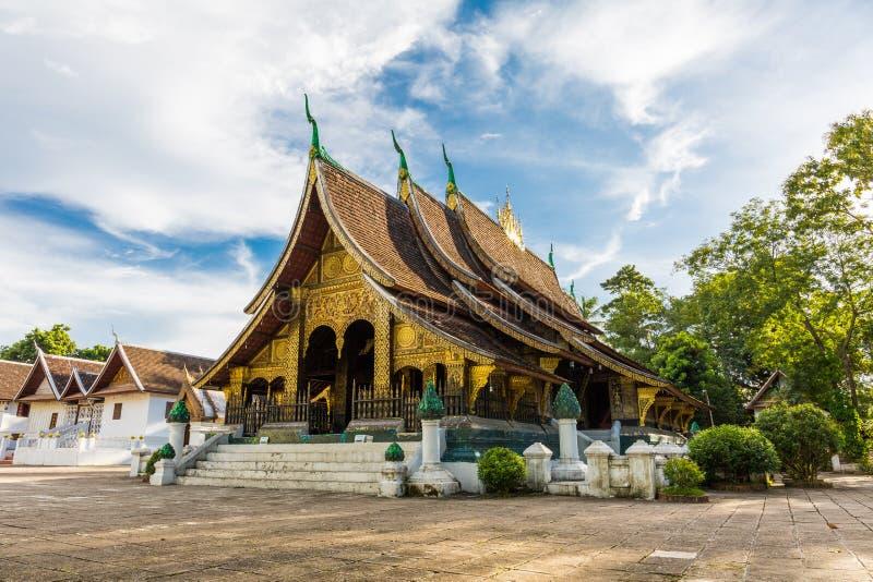 Wat Xieng Thong, een populaire Boeddhistische tempel in Luang Prabang, Laos royalty-vrije stock fotografie