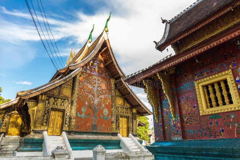 Wat Xieng Thong en buddistisk tempel i Luang Prabang, Laos arkivbild