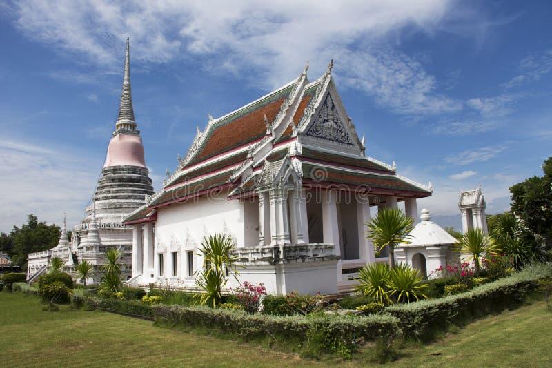 Wata Phra Samut Chedi świątynia w Samut Prakan, Tajlandia obrazy royalty free