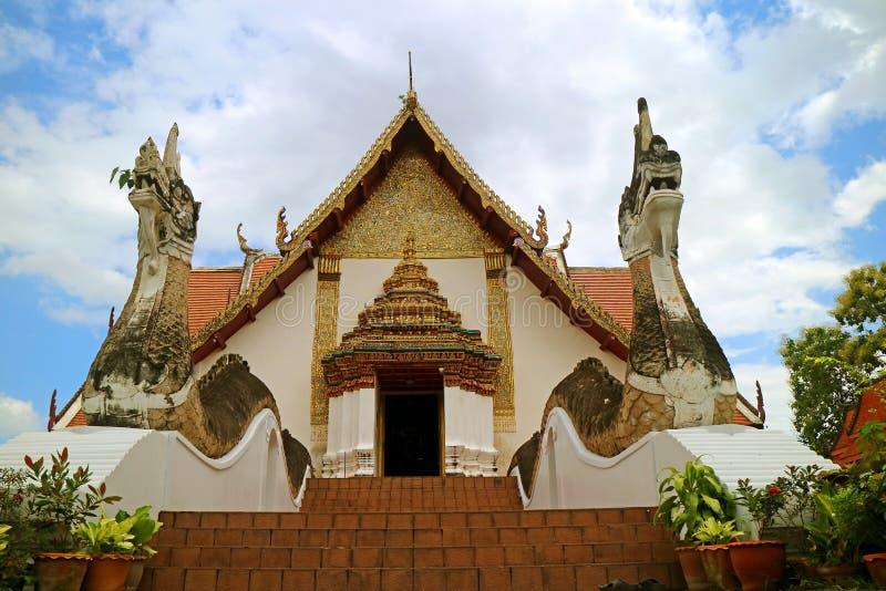 Wata Phumin świątynia z Naga schody, Oszałamiająco główne wejście Sławna Buddyjska świątynia, Historyczny miejsce w Nan, Tajlandi zdjęcie royalty free