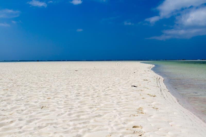 Kenia. Der schönste Strand des Bereichs. lizenzfreies stockfoto
