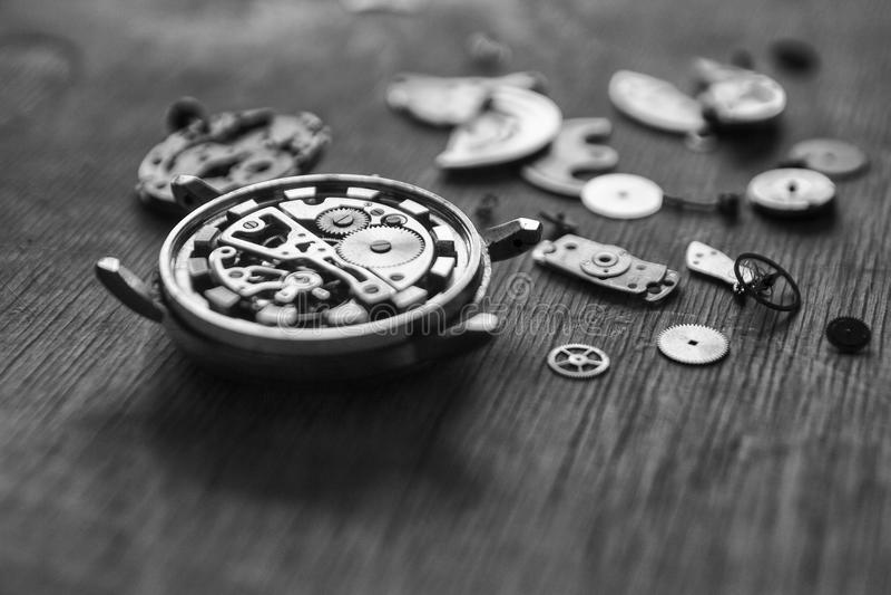 Watchmaker εργαστήριο, επισκευή ρολογιών στοκ φωτογραφίες