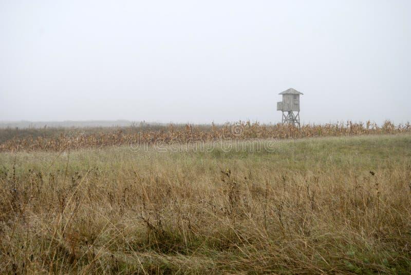 Watchtower in de mist royalty-vrije stock afbeeldingen