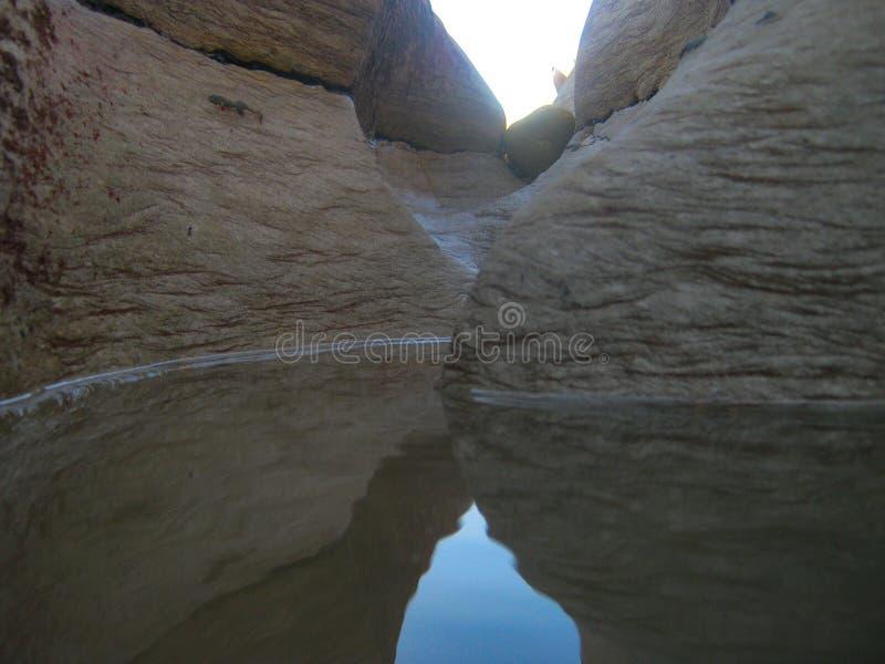 Download Water stock afbeelding. Afbeelding bestaande uit overzees - 114227721