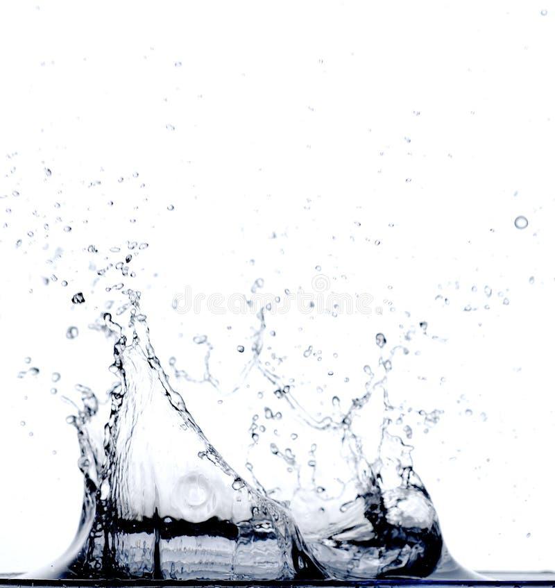 Water dat in Water valt royalty-vrije stock foto's