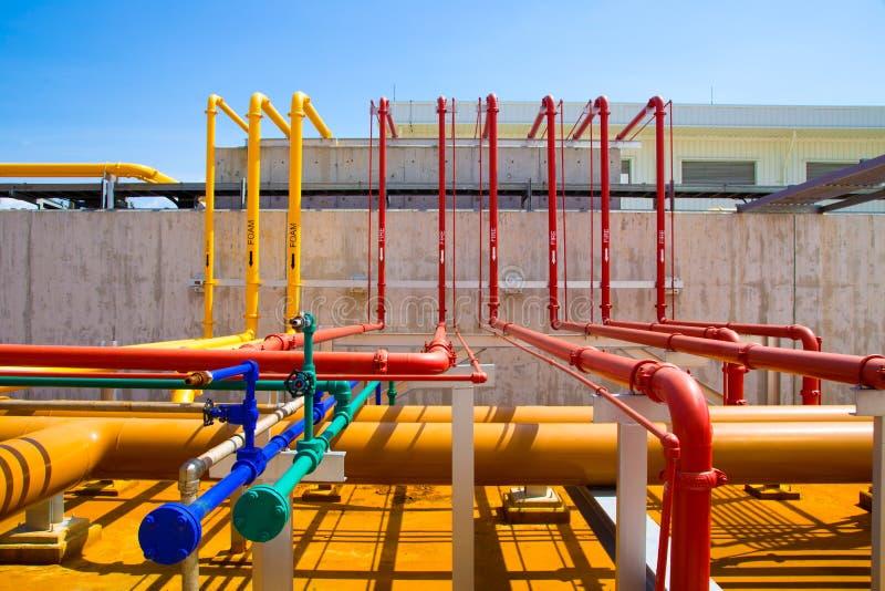 Water en schuimlijn voor brandbeveiligingsysteem stock foto's