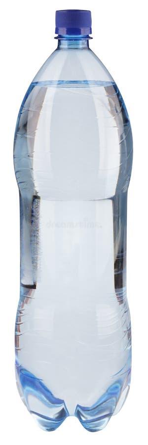 Water in fles met blauwe geïsoleerden kop stock foto