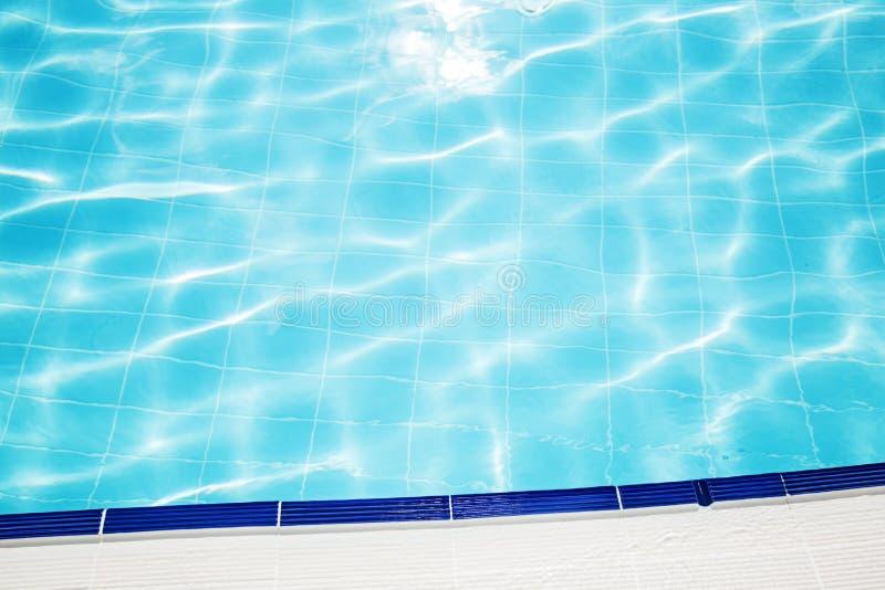Water in het zwembad royalty-vrije stock foto's