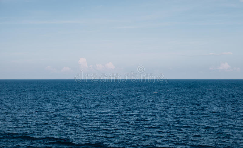 Water Horizon With Blue Skies Free Public Domain Cc0 Image