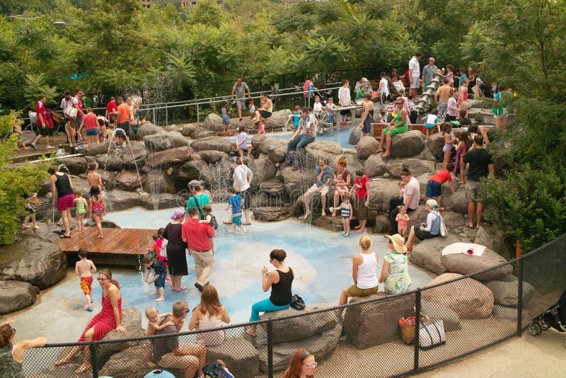 Download Water Lab Pier 6 Brooklyn Bridge Park New York USA Editorial Photography - Image of york, gotham: 25938512