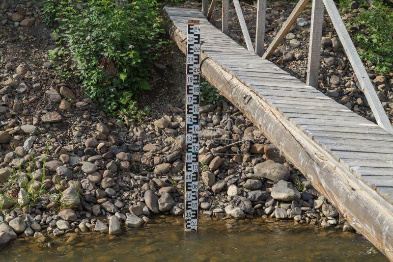 Water meetinstrument in het geval van vloed stock afbeelding