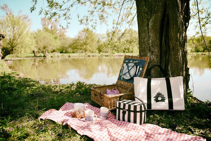 Water, Picnic, Tree, Recreation Free Public Domain Cc0 Image