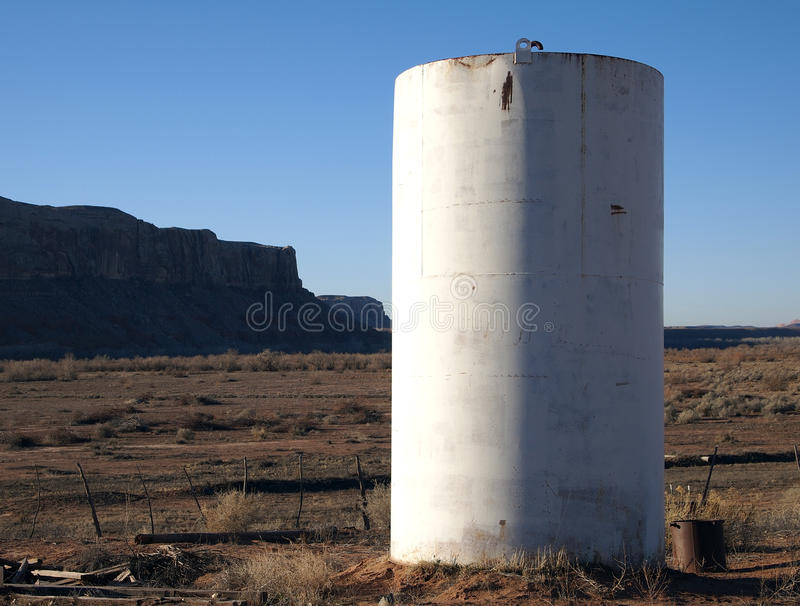 Download Water Tank Royalty Free Stock Image - Image: 22820136