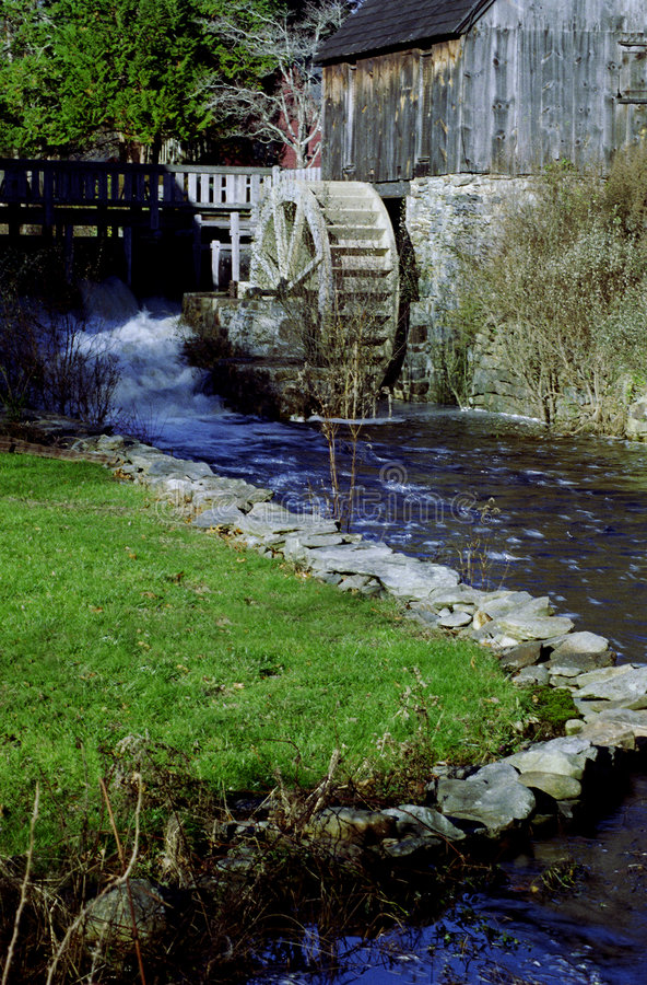 Free Water Wheel Royalty Free Stock Images - 6013189