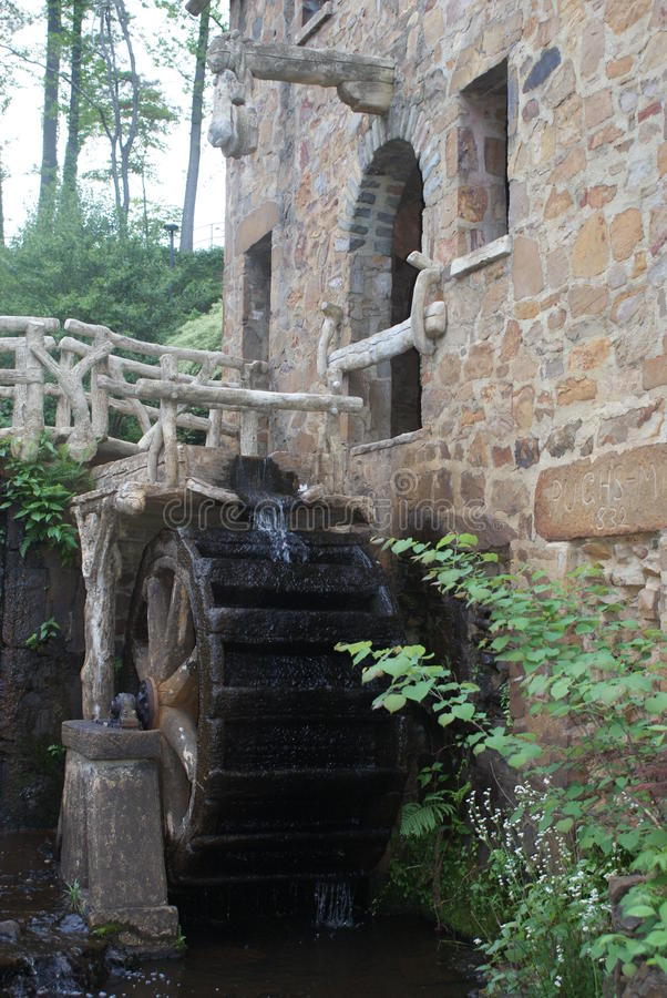 Water wheel at The Old Mill royalty free stock photos