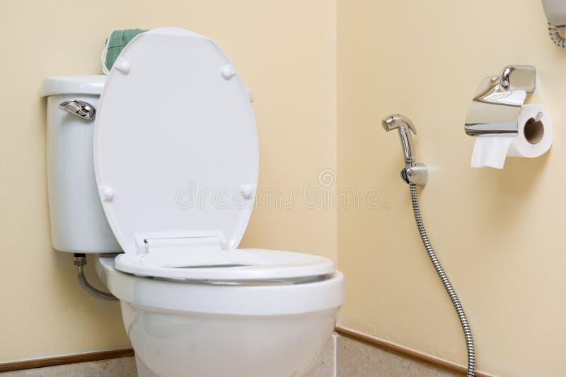 Watercloset in Toilet stock foto
