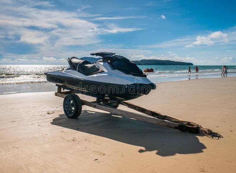 Watercraft i stranden inte i fungerande fotografering för bildbyråer