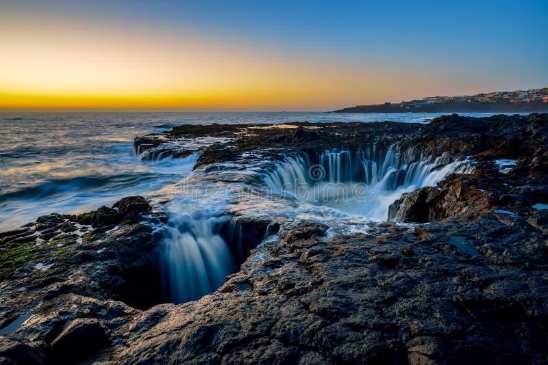 Waterdraaikolk, Bufadero DE La Garita, Telde, Gran Canaria, Spanje royalty-vrije stock foto's