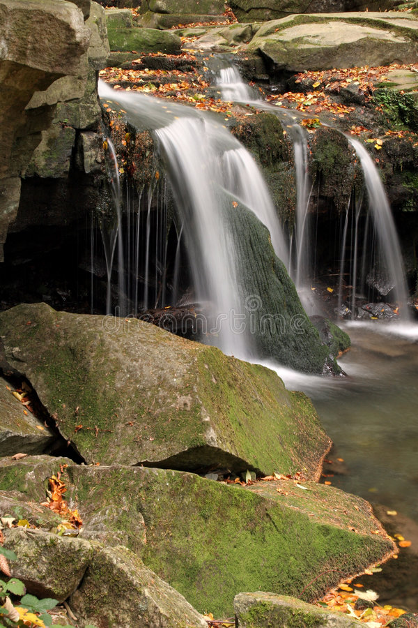 Download Waterfall Royalty Free Stock Photography - Image: 1422727